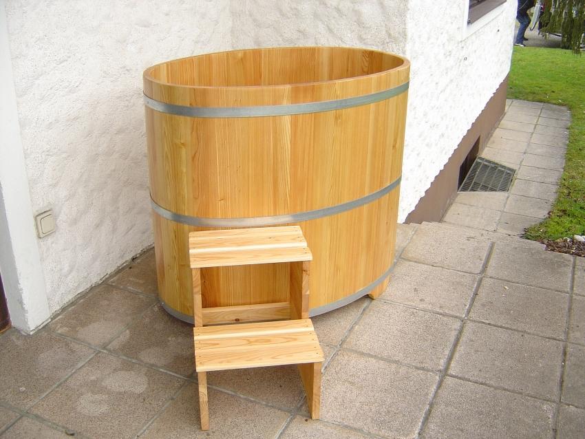 Sauna Tauchbecken Lärche I außen und innen farblos beschichtet
